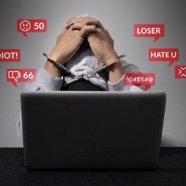 Discurso de odio contra personas LGBT+ en redes sociales