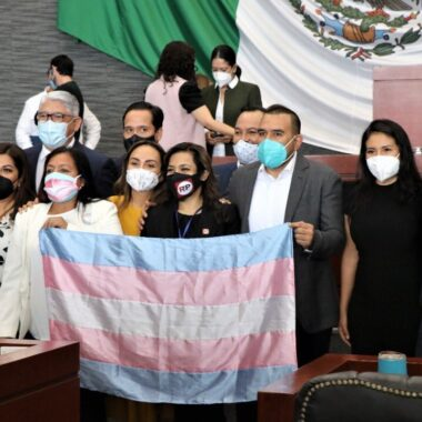Ley de identidad de género permitirá a personas trans de Morelos modificar su acta de nacimiento